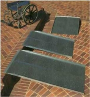 Solid Ramp (4')