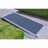 Pathway Lite Solid Ramp (4')