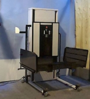 Atlas Portable Vertical Wheelchair Lift