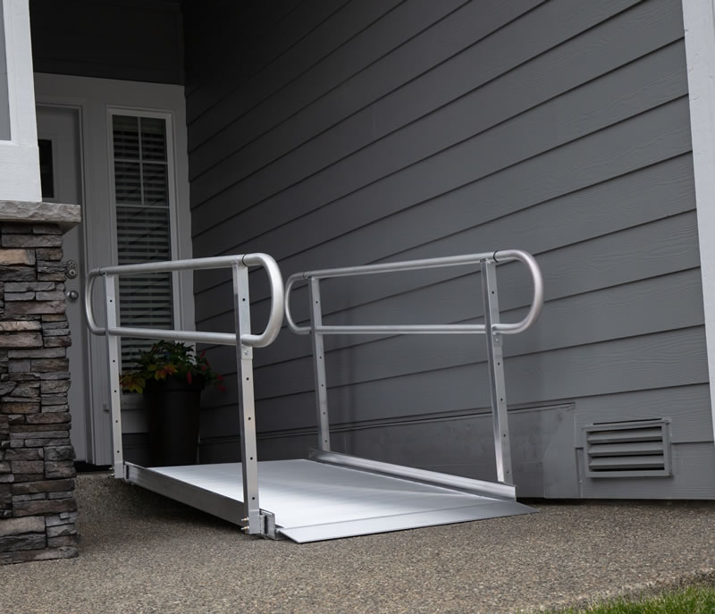 Gateway Ramp with Handrails 10ft